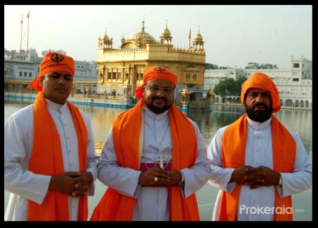 Rapist bishop in the bGolden temple with saffron